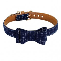 Collier chien avec noeud papillon bleu